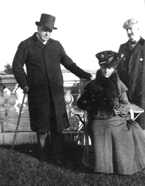 Henry James Edith Wharton, Howard Sturgis on The Mount terrace 1904.