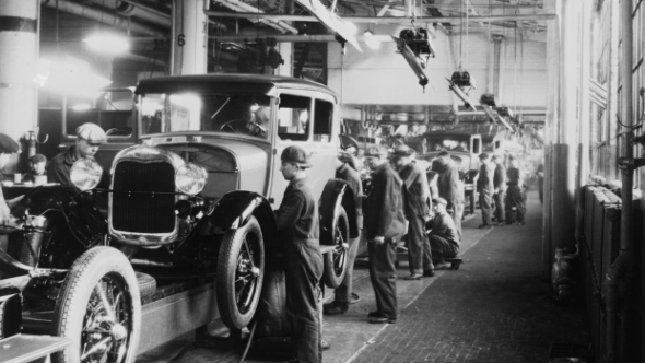 Henry Ford instituted the 5 day work week in 1926. Before it was longer.  Hulton Archive/Getty Images